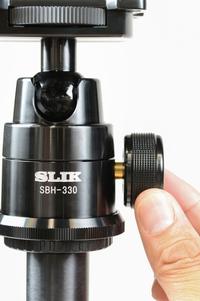 高精度自由雲台「SBH−330」を標準装備