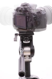 カメラ台が単独で回転できます